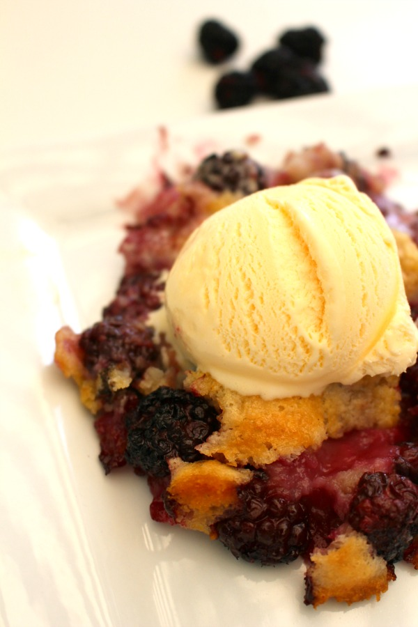 Quick Blackberry Cobbler - A Thousand Country Roads